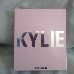 Pink power blush